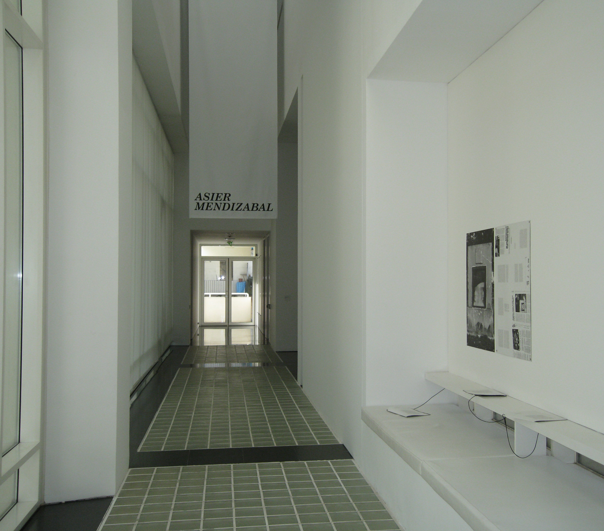 Asier Mendizabal (2008) - MACBA